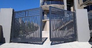 Установка ворот Уфа цена от 3904 руб.