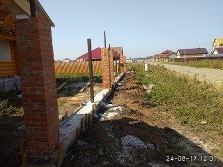 Кирпичный забор Уфа цена от 13715 руб.